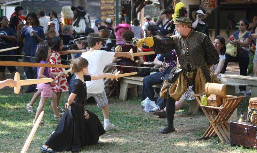 Ренессансная ярмарка в Нью-Йорке http://travelcalendar.ru/wp-content/uploads/2015/11/Renessansnaya-yarmarka-v-Nyu-Jorke_glav3.jpg