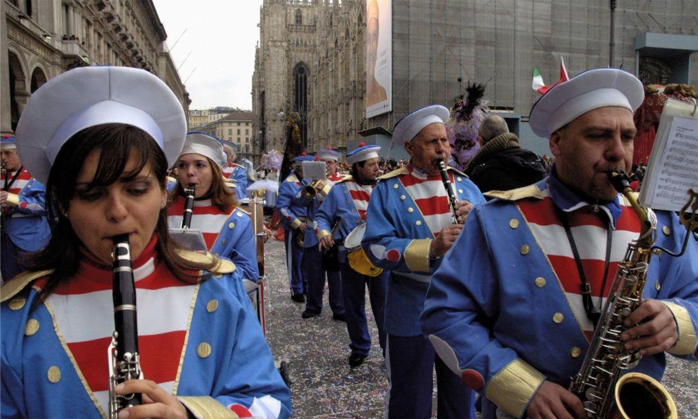 Амброзианский карнавал в Милане http://travelcalendar.ru/wp-content/uploads/2015/12/Ambrozianskij-karnaval-v-Milane_glav3.jpg
