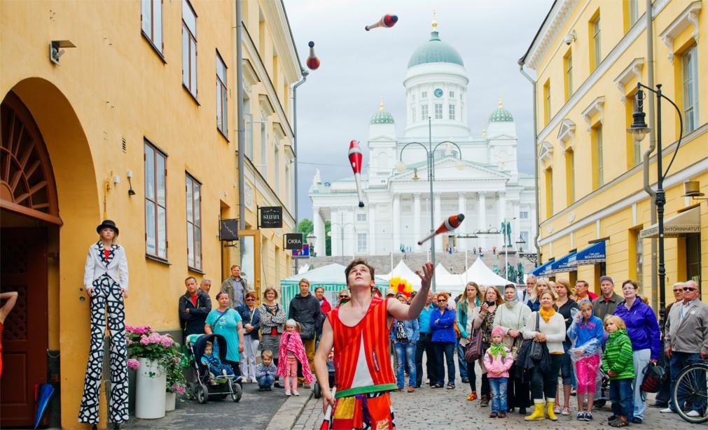 День города в Хельсинки http://travelcalendar.ru/wp-content/uploads/2015/12/Den-goroda-v-Helsinki_logo4.jpg