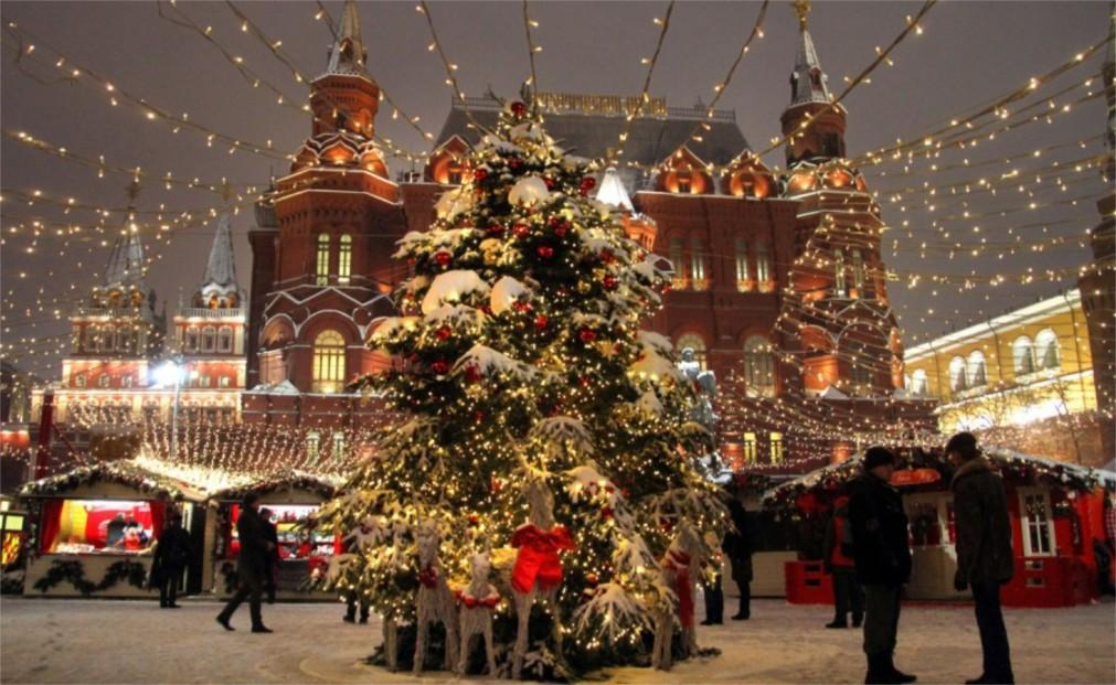 Фестиваль «Путешествие в Рождество» в Москве http://travelcalendar.ru/wp-content/uploads/2015/12/Festival-Puteshestvie-v-Rozhdestvo-v-Moskve_glavn3.jpg