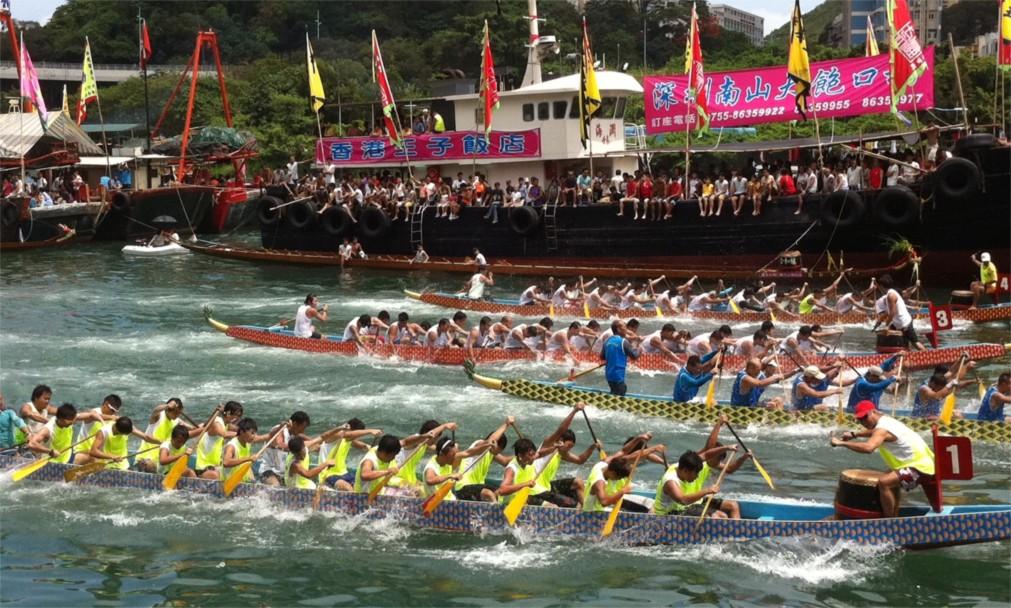 Фестиваль драконьих лодок в Китае http://travelcalendar.ru/wp-content/uploads/2015/12/Festival-drakonih-lodok-v-Kitae_glav3.jpg