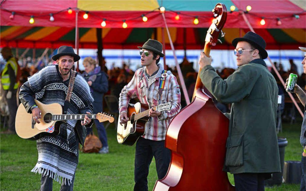 Фолк-фестиваль в Шрусбери http://travelcalendar.ru/wp-content/uploads/2015/12/Folk-festival-v-SHrusberi_glav1.jpg