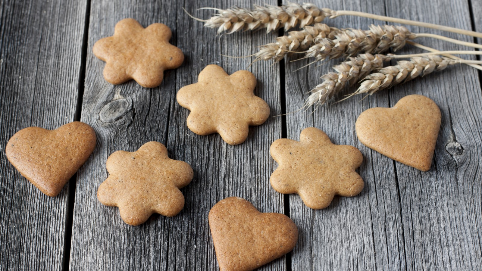 Сочельник в Финляндии http://travelcalendar.ru/wp-content/uploads/2015/12/Gingerbreads-1600x900.jpg