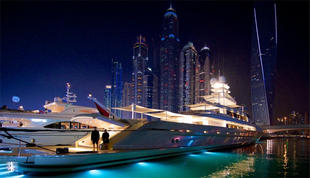 Международная выставка яхт в Дубае http://travelcalendar.ru/wp-content/uploads/2015/12/Mezhdunarodnaya-vystavka-yaht-v-Dubae_glav3.jpg