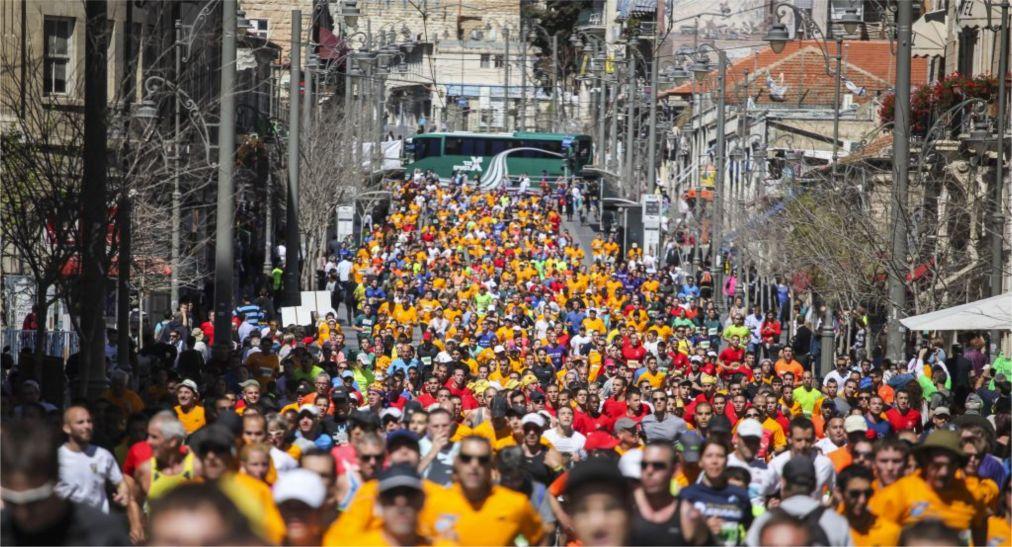 Международный марафон в Иерусалиме http://travelcalendar.ru/wp-content/uploads/2015/12/Mezhdunarodnyj-marafon-v-Ierusalime_glav1.jpg