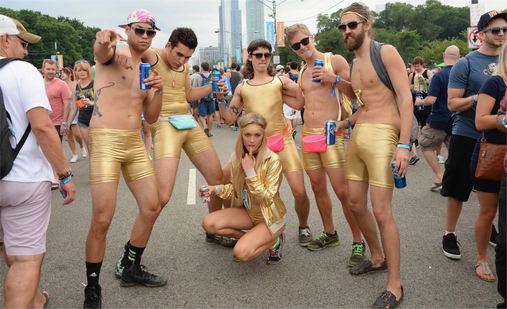 Музыкальный фестиваль «Лоллапалуза» в Чикаго http://travelcalendar.ru/wp-content/uploads/2015/12/Muzykalnyj-festival-Lollapaluza-v-CHikago_glav5.jpg