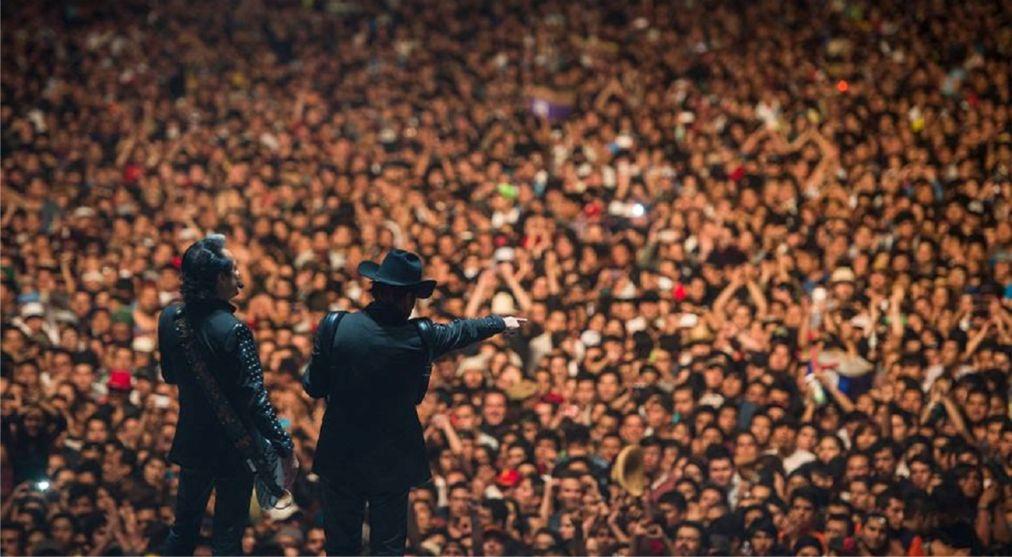 Музыкальный фестиваль Vive Latino в Мехико http://travelcalendar.ru/wp-content/uploads/2015/12/Muzykalnyj-festival-Vive-Latino-v-Mehiko_glav5.jpg