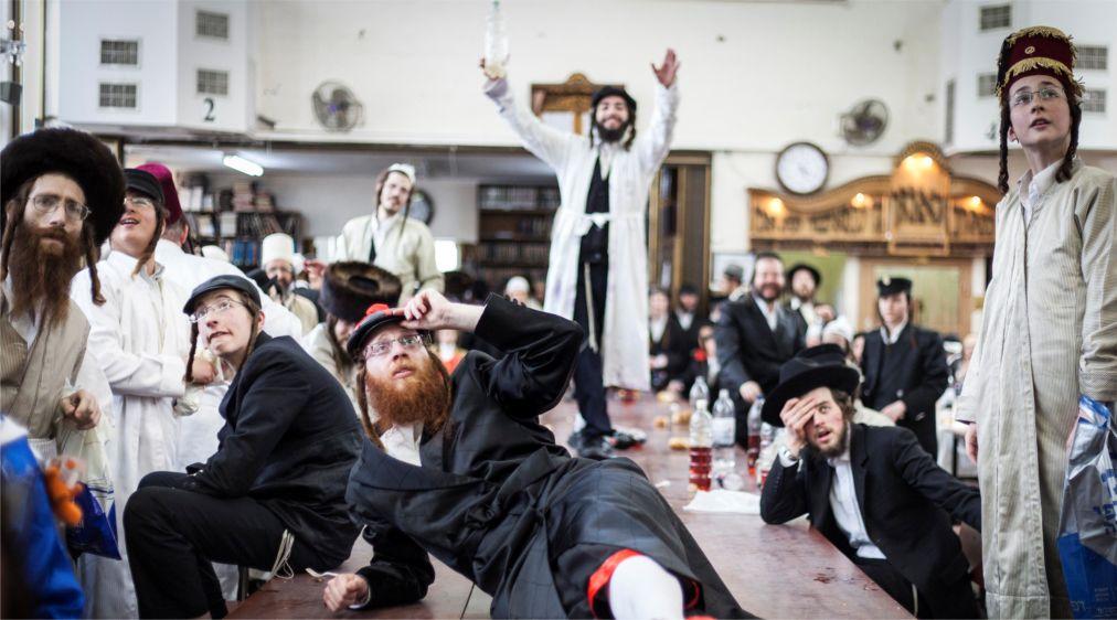 Пурим в Израиле http://travelcalendar.ru/wp-content/uploads/2015/12/Purim-v-Izraile_glav13.jpg