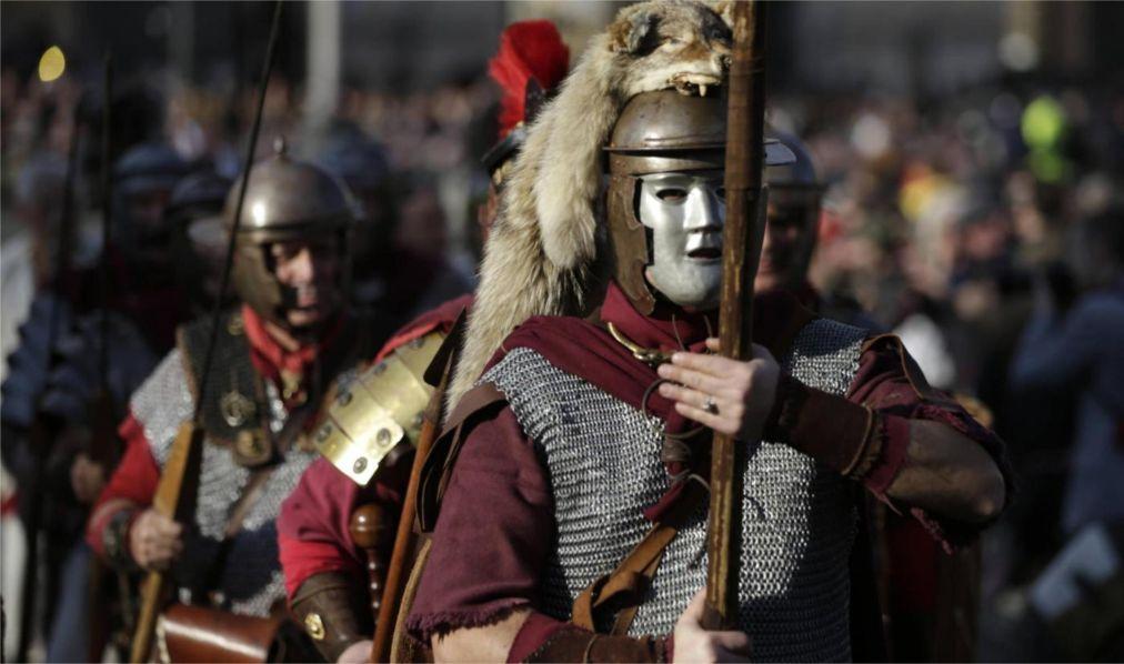 Римский карнавал http://travelcalendar.ru/wp-content/uploads/2015/12/Rimskij-karnaval_glav2.jpg
