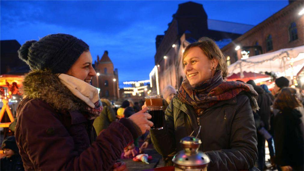 Рождественские ярмарки в Германии http://travelcalendar.ru/wp-content/uploads/2015/12/Rozhdestvenskie-yarmarki-v-Germanii_glav9.jpg
