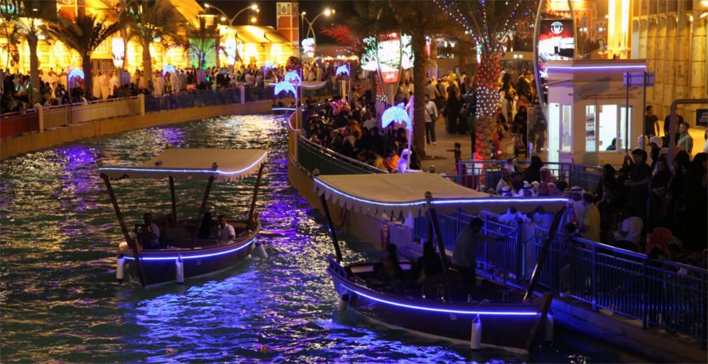Ярмарка Global Village в Дубае http://travelcalendar.ru/wp-content/uploads/2015/12/YArmarka-Global-Village-v-Dubae_glav3.jpg