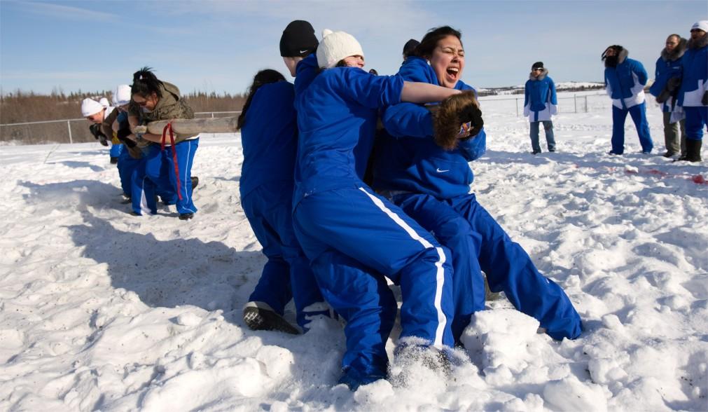 Арктические зимние игры http://travelcalendar.ru/wp-content/uploads/2016/01/Arkticheskie-zimnie-igry-v-Nuuke_glav3.jpg