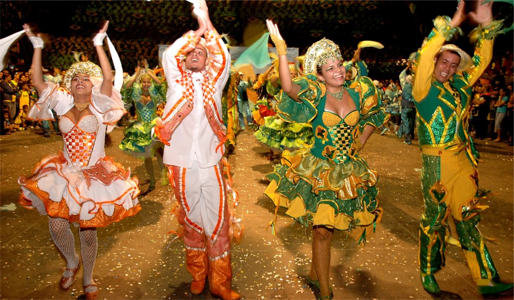Феста Жунина в Бразилии http://travelcalendar.ru/wp-content/uploads/2016/01/Festa-ZHunina-v-Brazilii_glavn6.jpg