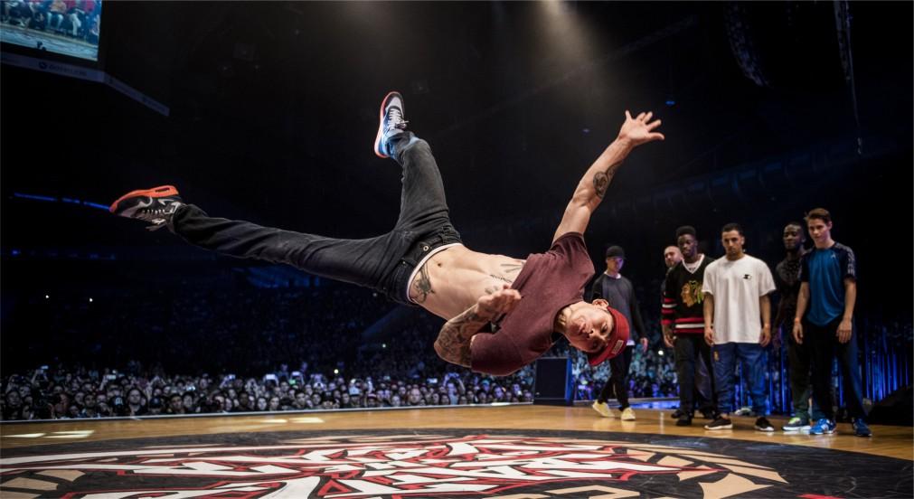 Международный чемпионат по брейк-дансу Battle Of The Year в Эссене http://travelcalendar.ru/wp-content/uploads/2016/01/Mezhdunarodnyj-chempionat-po-brejk-dansu-Battle-Of-The-Year-v-Essene_glavn2.jpg