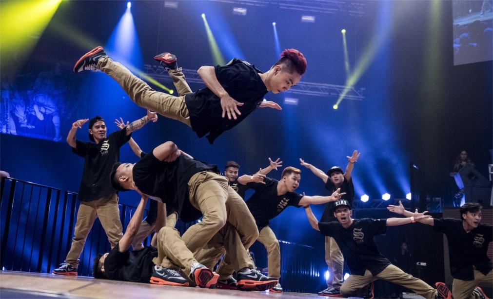 Международный чемпионат по брейк-дансу Battle Of The Year в Эссене http://travelcalendar.ru/wp-content/uploads/2016/01/Mezhdunarodnyj-chempionat-po-brejk-dansu-Battle-Of-The-Year-v-Essene_glavn3.jpg