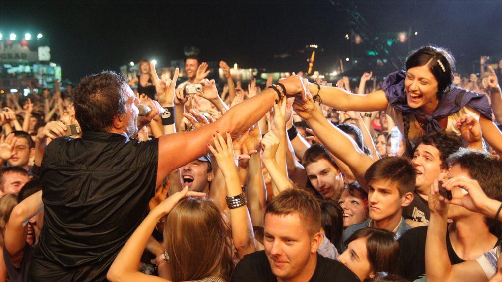 Музыкальный фестиваль EXIT в Нови-Сад http://travelcalendar.ru/wp-content/uploads/2016/01/Muzykalnyj-festival-EXIT-v-Novi-Sad_glav2.jpg