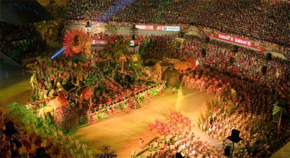 Паринтинский фольклорный фестиваль http://travelcalendar.ru/wp-content/uploads/2016/01/Parintinskij-folklornyj-festival_glavn3.jpg