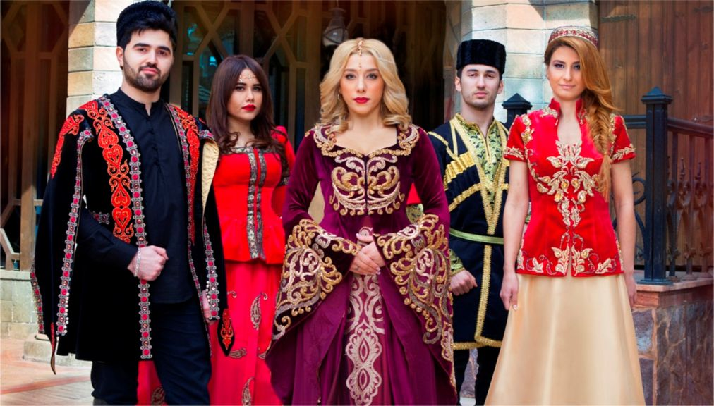 Праздник Новруз в Азербайджане http://travelcalendar.ru/wp-content/uploads/2016/01/Prazdnik-Novruz-v-Azerbajdzhane_glav1.jpg