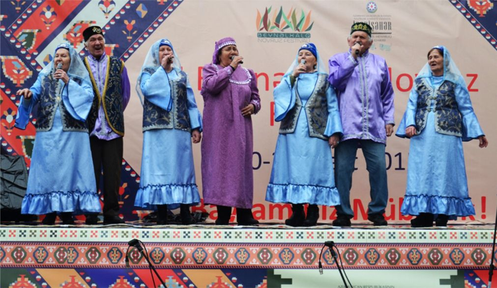 Праздник Новруз в Азербайджане http://travelcalendar.ru/wp-content/uploads/2016/01/Prazdnik-Novruz-v-Azerbajdzhane_glav4.jpg