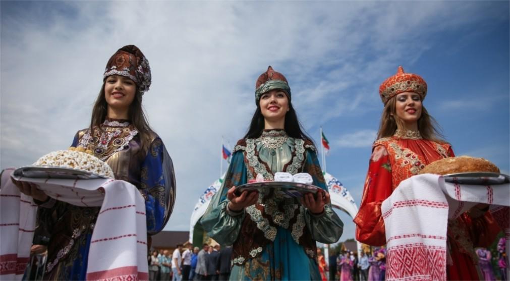 Сабантуй в Казани http://travelcalendar.ru/wp-content/uploads/2016/01/Sabantuj-v-Kazani_glav7.jpg