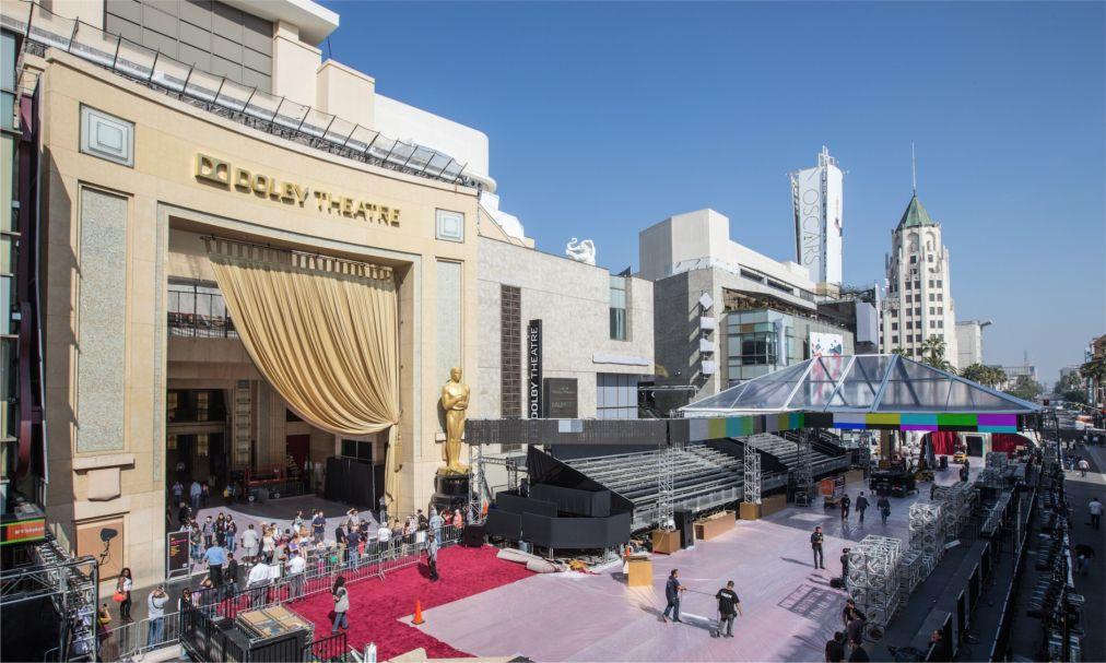 Церемония вручения наград премии «Оскар» в Лос-Анджелесе http://travelcalendar.ru/wp-content/uploads/2016/01/TSeremoniya-vrucheniya-nagrad-premii-Oskar-v-Los-Andzhelese_glav3.jpg