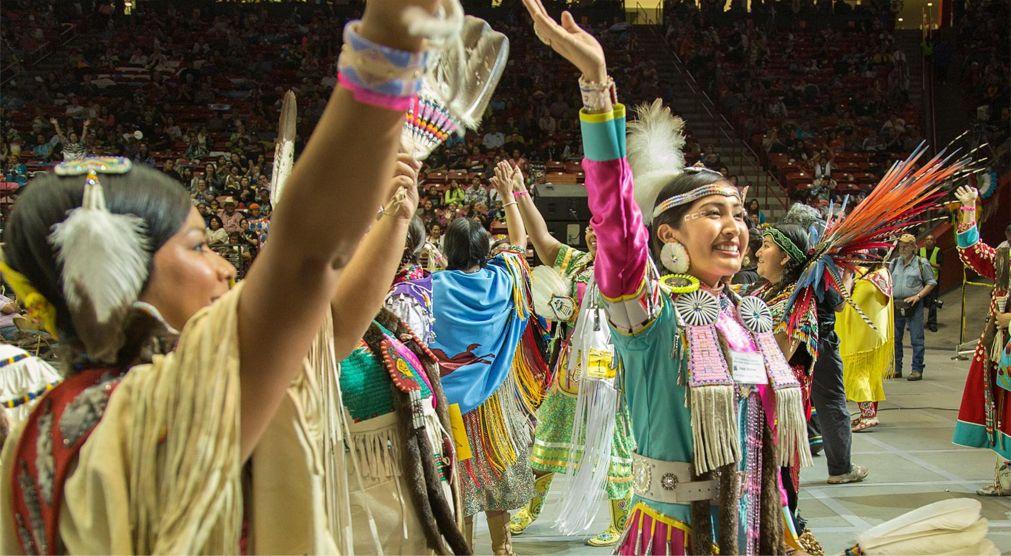 Всемирные эскимосско-индейские олимпийские игры в Фэрбанксе http://travelcalendar.ru/wp-content/uploads/2016/01/Vsemirnye-eskimossko-indejskie-olimpijskie-igry-v-Ankoridzhe_glav6.jpg