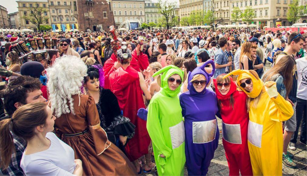 День студента в Польше http://travelcalendar.ru/wp-content/uploads/2016/02/Den-studenta-v-Polshe_glav6.jpg