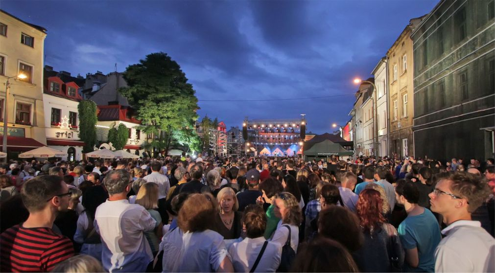 Фестиваль еврейской культуры в Кракове http://travelcalendar.ru/wp-content/uploads/2016/02/Festival-evrejskoj-kultury-v-Krakove_glav3.jpg