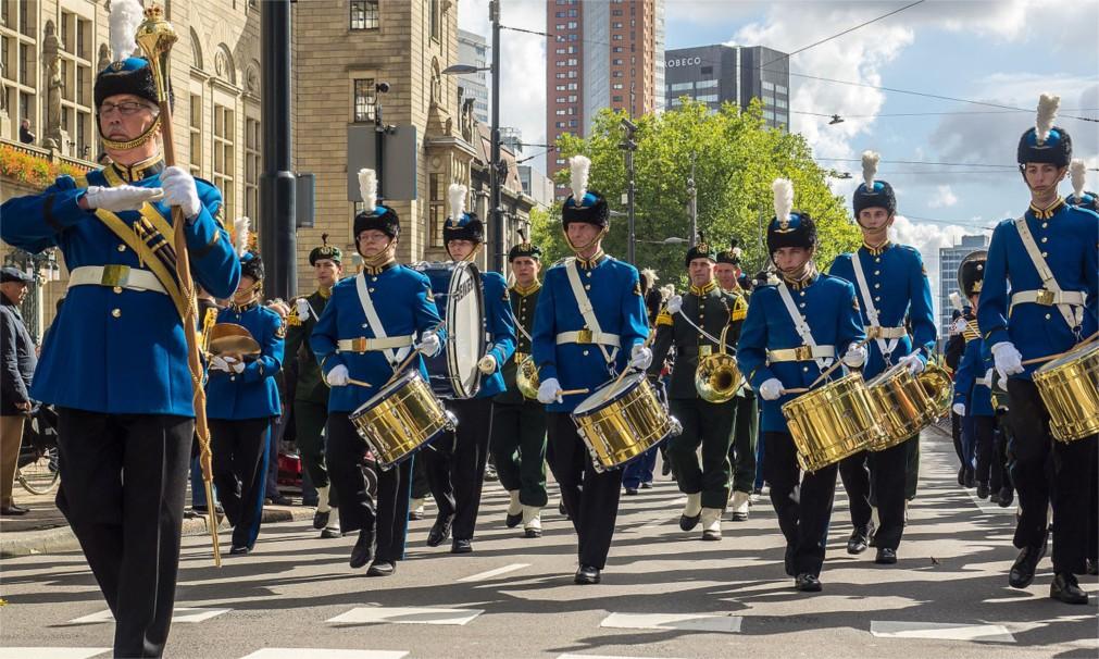 Фестиваль голландских военных оркестров в Роттердаме http://travelcalendar.ru/wp-content/uploads/2016/02/Festival-gollandskih-voennyh-orkestrov-v-Rotterdame_glav1.jpg