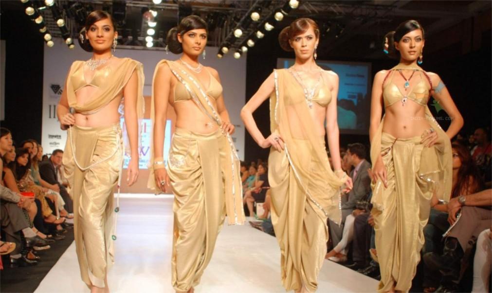 Индийская международная ювелирная выставка в Мумбаи http://travelcalendar.ru/wp-content/uploads/2016/02/Indijskaya-mezhdunarodnaya-yuvelirnaya-vystavka-v-Mumbai_glav2.jpg