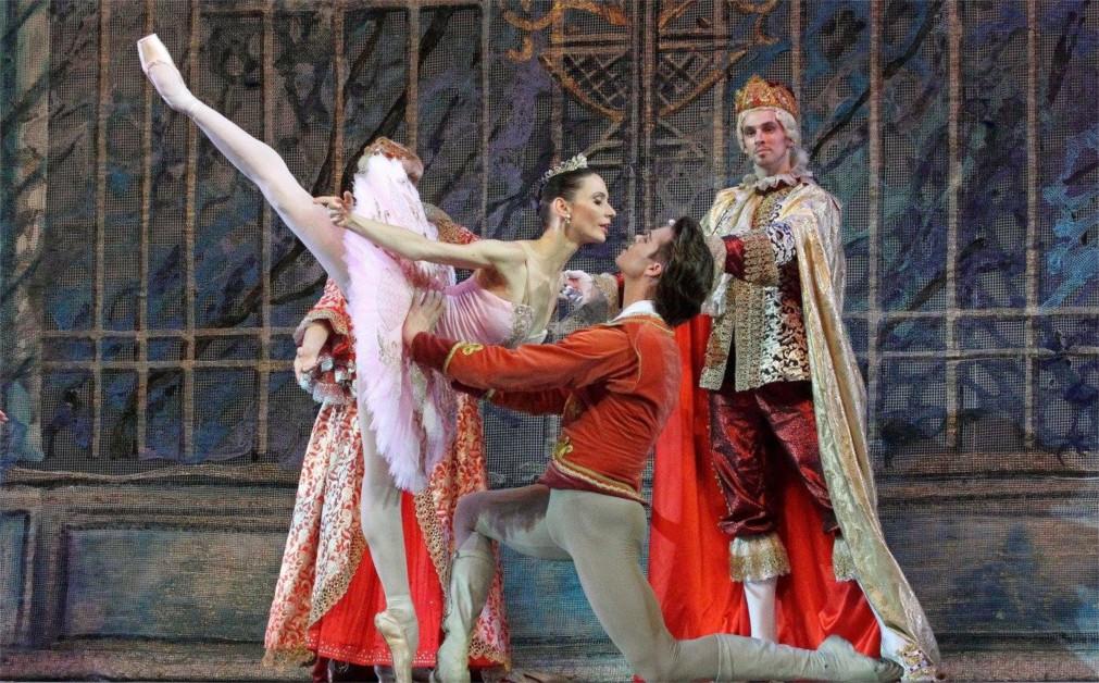 Международный фестиваль балета «Мариинский» в Санкт-Петербурге http://travelcalendar.ru/wp-content/uploads/2016/02/Mezhdunarodnyj-festival-baleta-Mariinskij-v-Sankt-Peterburge_glavn1.jpg