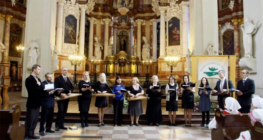 Международный фольклорный фестиваль Skamba skamba kankliai в Вильнюсе http://travelcalendar.ru/wp-content/uploads/2016/02/Mezhdunarodnyj-folklornyj-festival-Skamba-skamba-kankliai-v-Vilnyuse_glav3.jpg