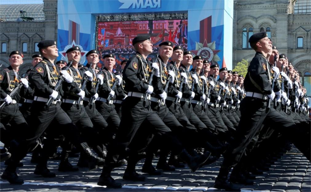 Парад Победы на Красной Площади в Москве http://travelcalendar.ru/wp-content/uploads/2016/02/Parad-Pobedy-na-Krasnoj-Ploshhadi_glavn3.jpg