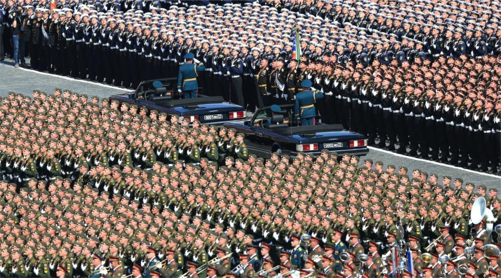 Парад Победы на Красной Площади в Москве http://travelcalendar.ru/wp-content/uploads/2016/02/Parad-Pobedy-na-Krasnoj-Ploshhadi_glavn4.jpg