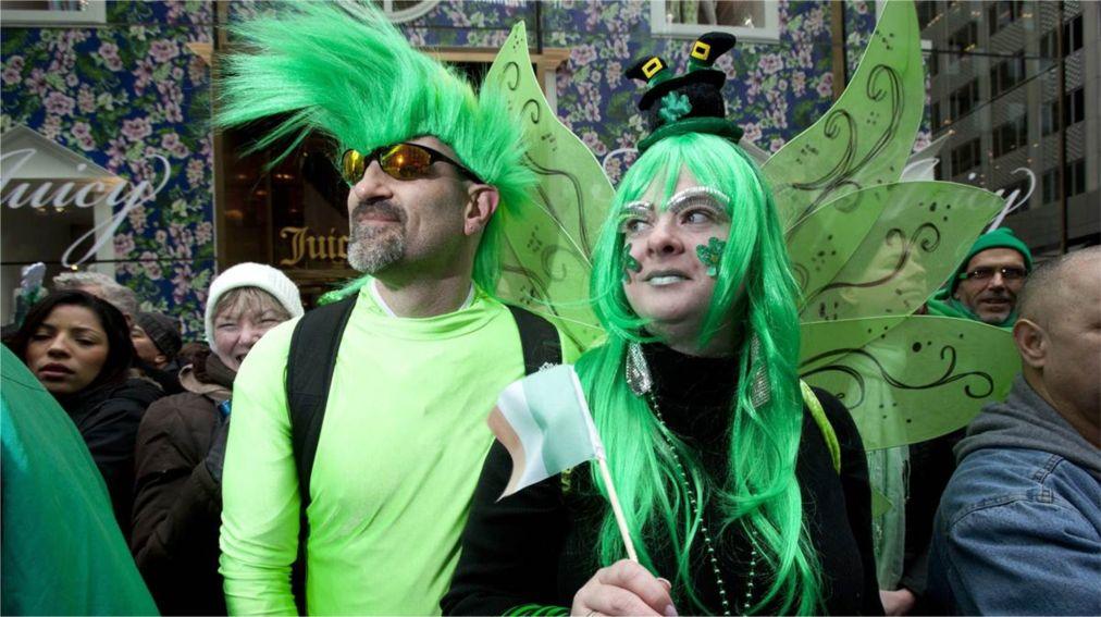 Парад на День святого Патрика в Нью-Йорке http://travelcalendar.ru/wp-content/uploads/2016/02/Parad-na-Den-svyatogo-Patrika-v-Nyu-Jorke_glav10.jpg