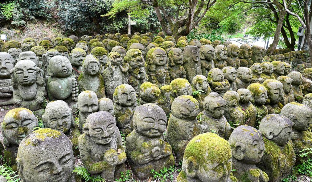 День весеннего равноденствия в Японии http://travelcalendar.ru/wp-content/uploads/2016/03/Den-vesennego-ravnodenstviya-v-YAponii_glav1.jpg
