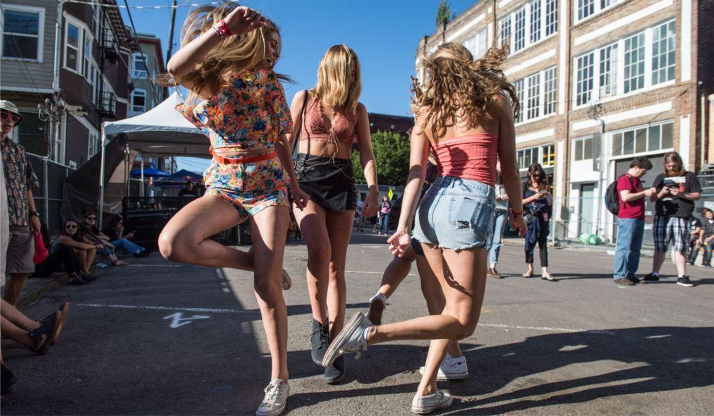 Фестиваль Capitol Hill Block Party в Сиэтле http://travelcalendar.ru/wp-content/uploads/2016/03/Festival-Capitol-Hill-Block-Party-v-Sietle_glav4.jpg