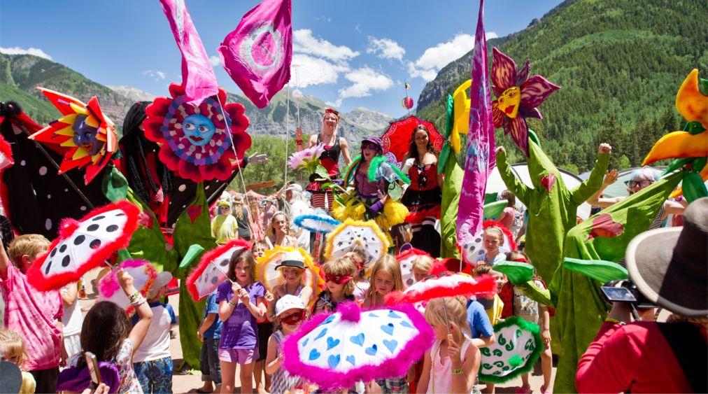 Фестиваль блюграсса в Теллуриде http://travelcalendar.ru/wp-content/uploads/2016/03/Festival-blyugrassa-v-Telluride_glav1.jpg