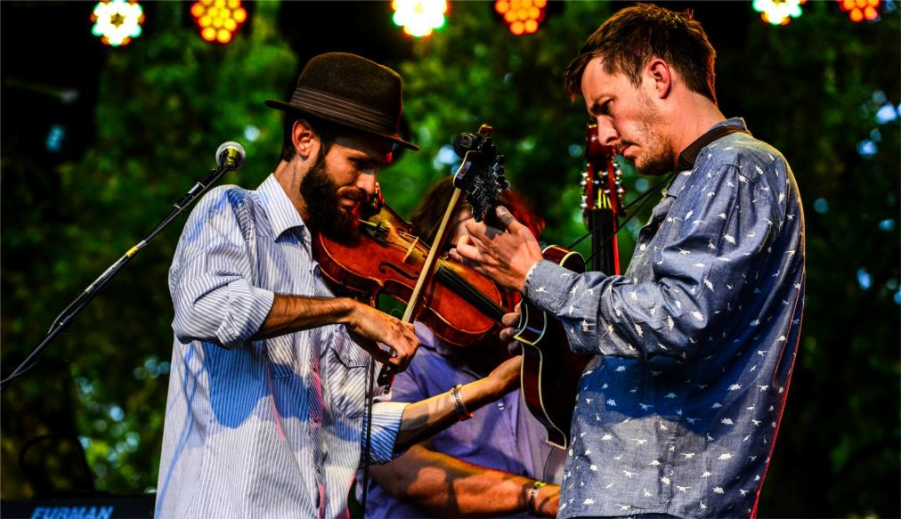 Фестиваль блюграсса в Теллуриде http://travelcalendar.ru/wp-content/uploads/2016/03/Festival-blyugrassa-v-Telluride_glav3.jpg