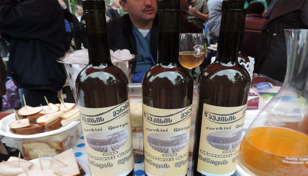 Фестиваль молодого вина в Тбилиси http://travelcalendar.ru/wp-content/uploads/2016/03/Festival-molodogo-vina-v-Tbilisi_glav2.jpg