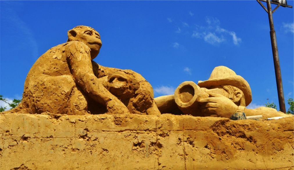 Фестиваль песчаных скульптур в Бургасе http://travelcalendar.ru/wp-content/uploads/2016/03/Festival-peschanyh-skulptur-v-Burgase_glav1.jpg