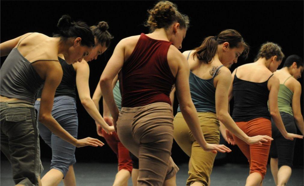 Фестиваль современного танца «Арава» в Сапире http://travelcalendar.ru/wp-content/uploads/2016/03/Festival-sovremennogo-tantsa-Arava-v-Sapire_glav2.jpg