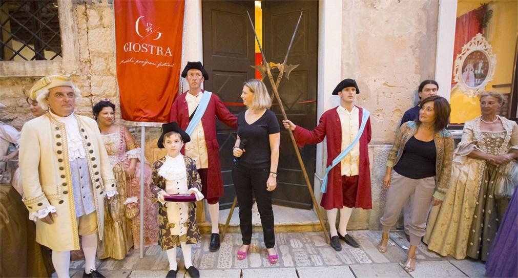 Исторический фестиваль «Джостра» в Порече http://travelcalendar.ru/wp-content/uploads/2016/03/Istoricheskij-festival-Giostra-v-Poreche_glav4.jpg