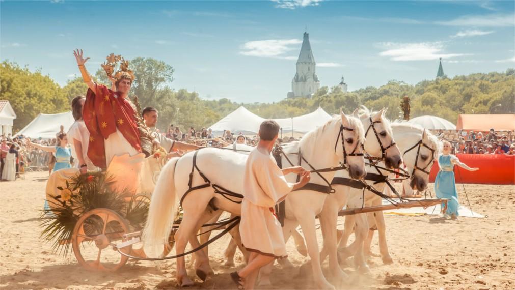 Исторический фестиваль «Времена и эпохи» в Москве http://travelcalendar.ru/wp-content/uploads/2016/03/Istoricheskij-festival-Vremena-i-epohi-v-Moskve_glav6.jpg