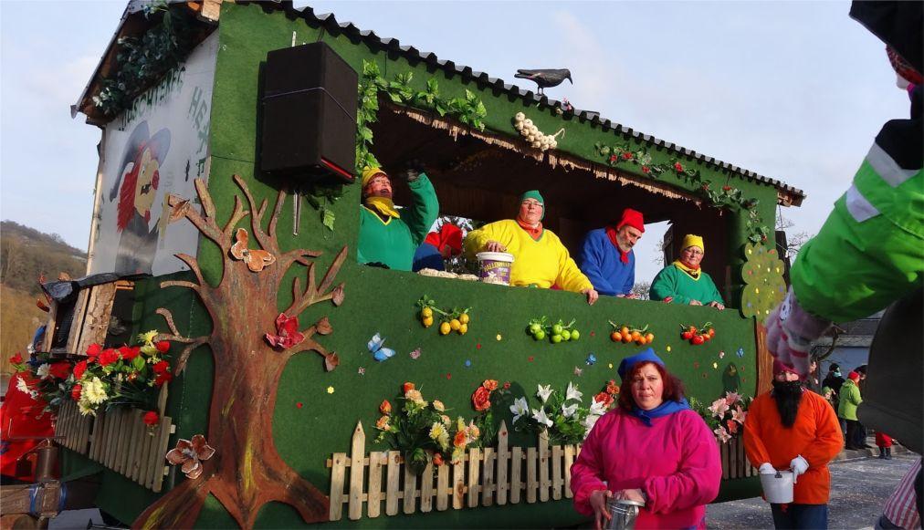 Карнавал «Кавалькада Дикирх» в Люксембурге http://travelcalendar.ru/wp-content/uploads/2016/03/Karnaval-Kavalkada-Dikirh-v-Lyuksemburge_glav3.jpg