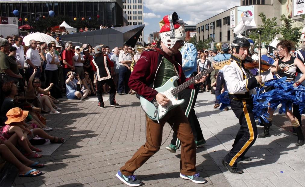 Международный джазовый фестиваль в Монреале http://travelcalendar.ru/wp-content/uploads/2016/03/Mezhdunarodnyj-dzhazovyj-festival-v-Monreale_glav7.jpg