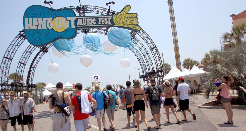 Музыкальный фестиваль Hangout в Галф Шорс http://travelcalendar.ru/wp-content/uploads/2016/03/Muzykalnyj-festival-Hangout-v-Galf-SHors_glav3.jpg