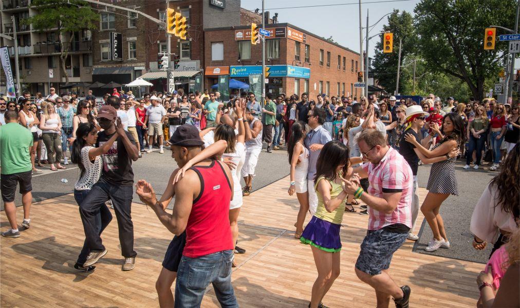 Танцевальный фестиваль «Сальса на Сент-Клер» в Торонто http://travelcalendar.ru/wp-content/uploads/2016/04/Festival-Salsa-na-Sent-Kler-v-Toronto_glav4.jpg