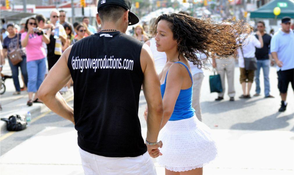 Танцевальный фестиваль «Сальса на Сент-Клер» в Торонто http://travelcalendar.ru/wp-content/uploads/2016/04/Festival-Salsa-na-Sent-Kler-v-Toronto_glav5.jpg