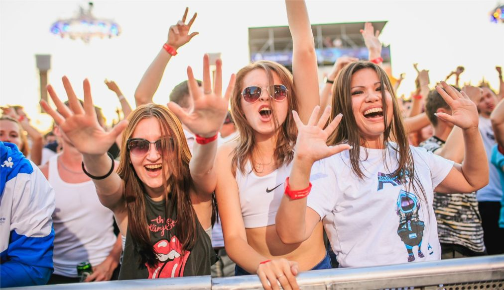 Фестиваль электронной музыки Alfa Future People в Нижнем Новгороде http://travelcalendar.ru/wp-content/uploads/2016/04/Festival-elektronnoj-muzyki-Alfa-Future-People-v-Nizhnem-Novgorode_glav4.jpg